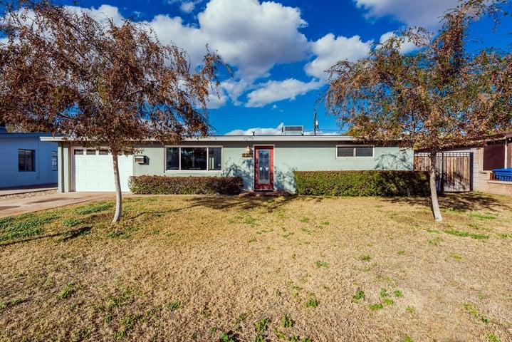 2540 E AMELIA Avenue, Phoenix, AZ 85016