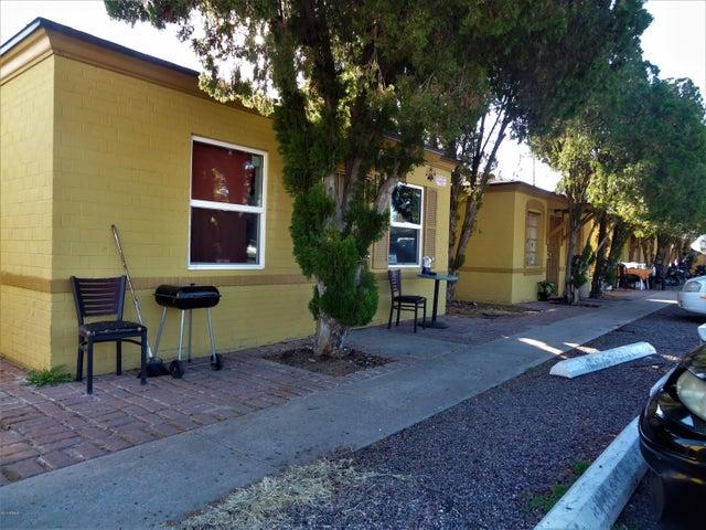 6806 N 23rd Avenue, Phoenix, AZ 85015