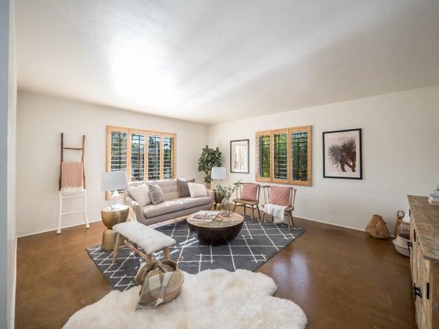 718 W VERNON Avenue, Phoenix, AZ 85007