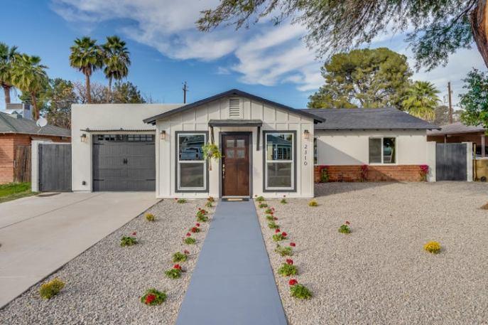 2310 E WELDON Avenue, Phoenix, AZ 85016