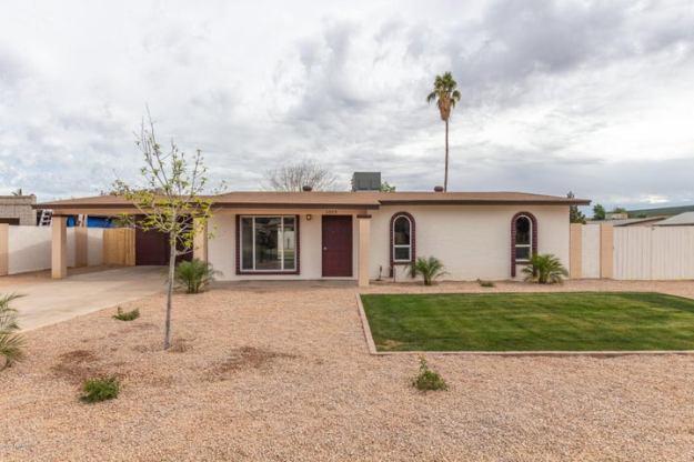 1053 S ORACLE Circle, Mesa, AZ 85204