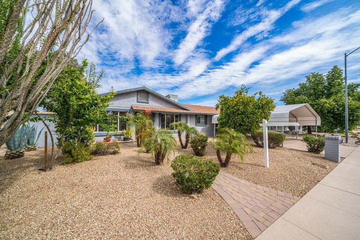 2236 W CHARTER OAK Road, Phoenix, AZ 85029