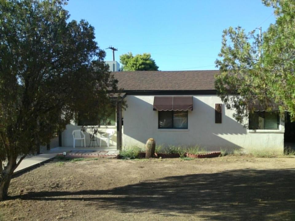 1062 E CLARENDON Avenue, Phoenix, AZ 85014
