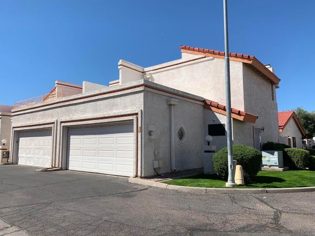 8744 N 67TH Drive, Peoria, AZ 85345