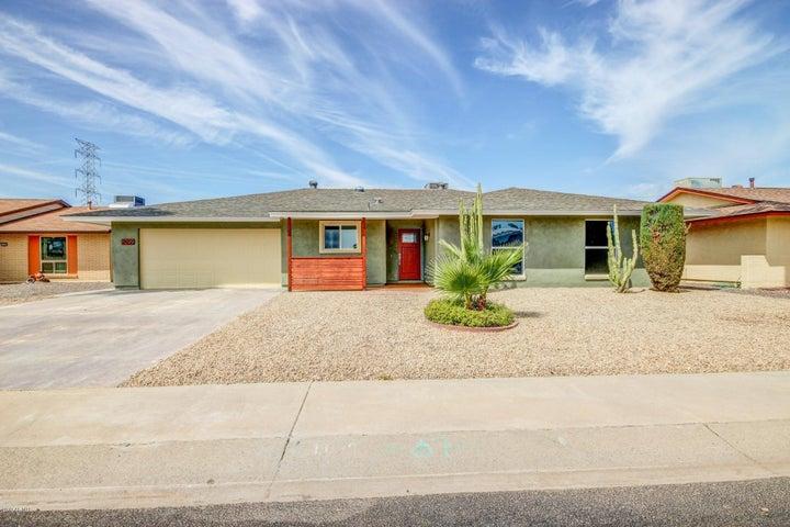 11099 W FRONTIER Drive, Sun City, AZ 85351
