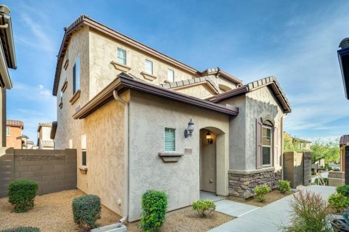 3951 E CAT BALUE Drive, Phoenix, AZ 85050