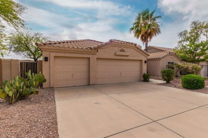 657 W MOUNTAIN VISTA Drive, Phoenix, AZ 85045
