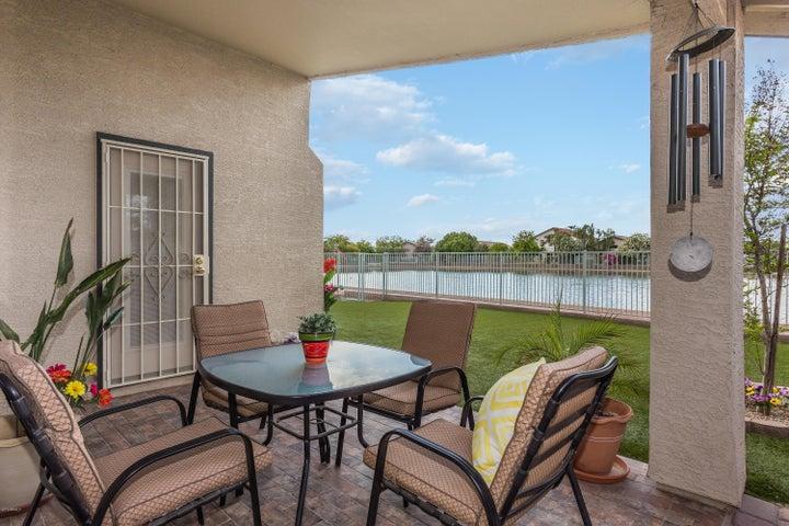 11216 W ROANOKE Avenue, Avondale, AZ 85392