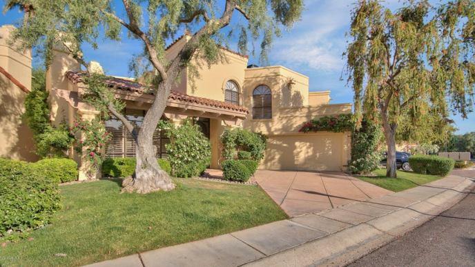 10050 E MOUNTAINVIEW LAKE Drive, 14, Scottsdale, AZ 85258