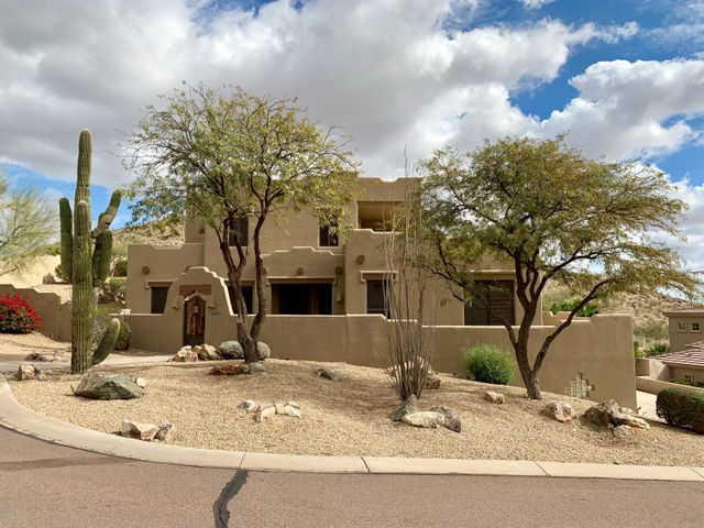 2466 E GLENHAVEN Drive, Phoenix, AZ 85048
