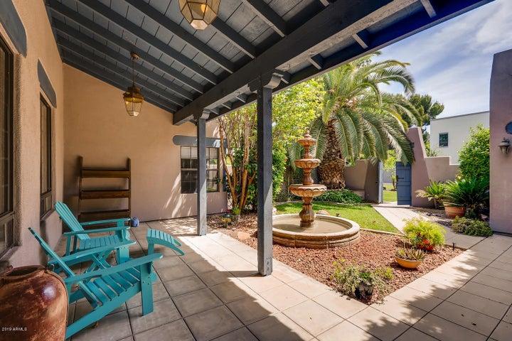 5520 N 3RD Avenue, Phoenix, AZ 85013