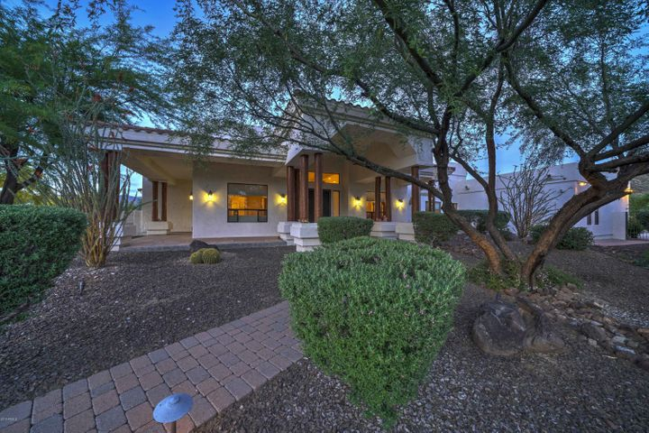 12 W WILDFIELD Road, New River, AZ 85087