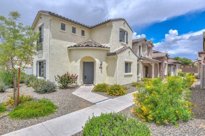 26505 N BABBLING BROOK Drive, Phoenix, AZ 85083