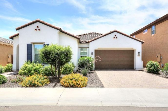 667 W Ranch Road, Gilbert, AZ 85233
