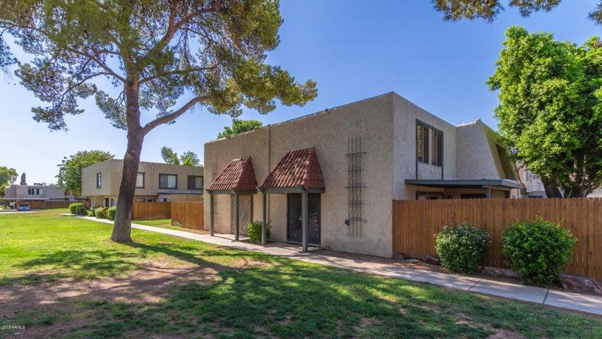 5941 W TOWNLEY Avenue, Glendale, AZ 85302