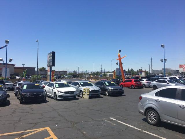2226 W CAMELBACK Road, Phoenix, AZ 85015