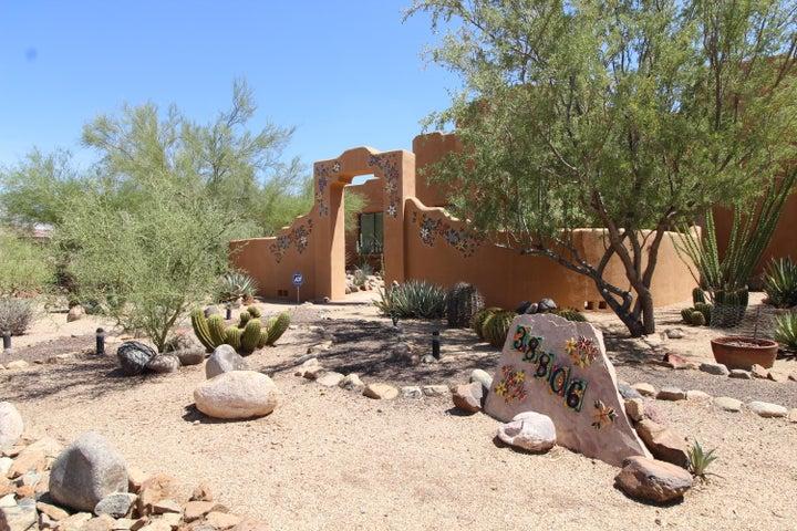 38806 N 10 Street, Phoenix, AZ 85086