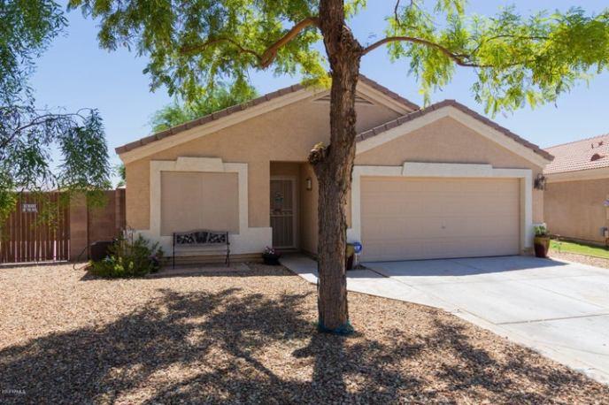 8901 W AVALON Drive, Phoenix, AZ 85037