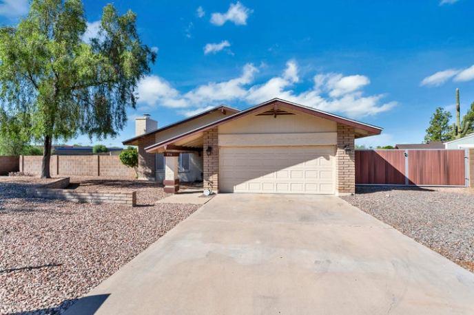 356 S MORENO Circle, Litchfield Park, AZ 85340