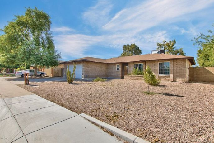 904 W BARROW Drive, Chandler, AZ 85225
