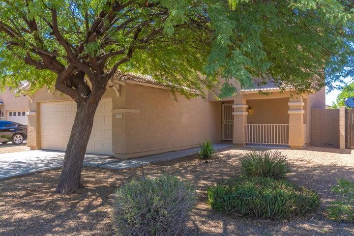 6708 W DESERT Lane, Laveen, AZ 85339