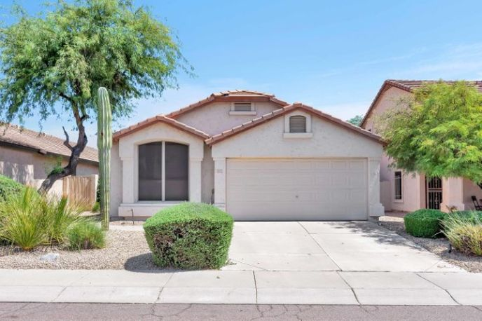 21635 N 48TH Place, Phoenix, AZ 85054