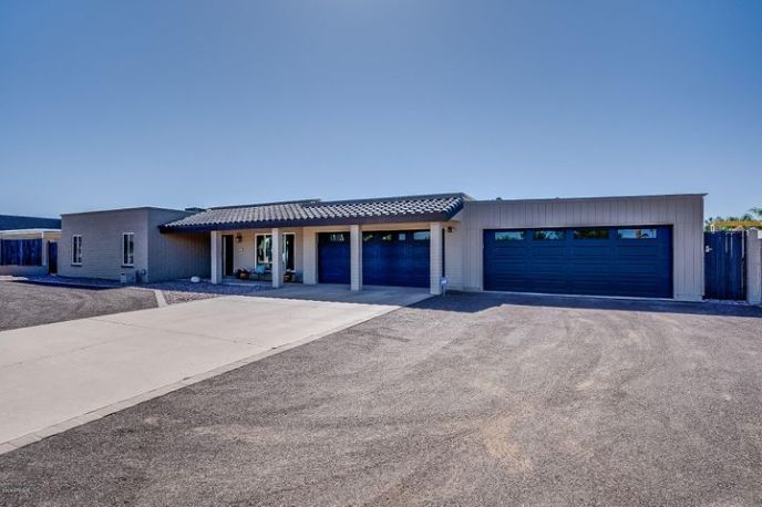 7201 W GROVERS Avenue, Glendale, AZ 85308