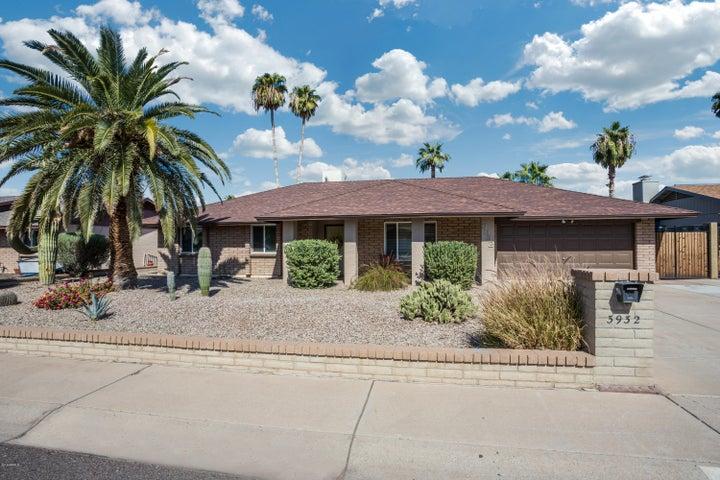3932 W CAMPO BELLO Drive, Glendale, AZ 85308