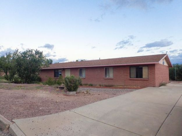 421 S ROLFS Avenue, Mammoth, AZ 85618