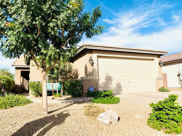 1386 W DOVE TREE Avenue, San Tan Valley, AZ 85140