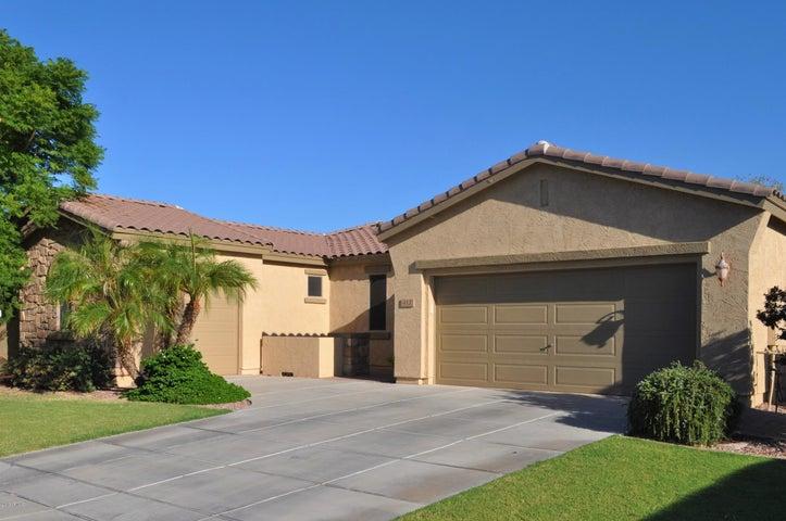 412 W ASTER Drive, Chandler, AZ 85248