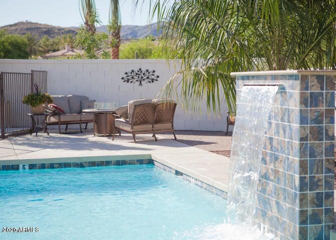 16508 S 10TH Street, Phoenix, AZ 85048