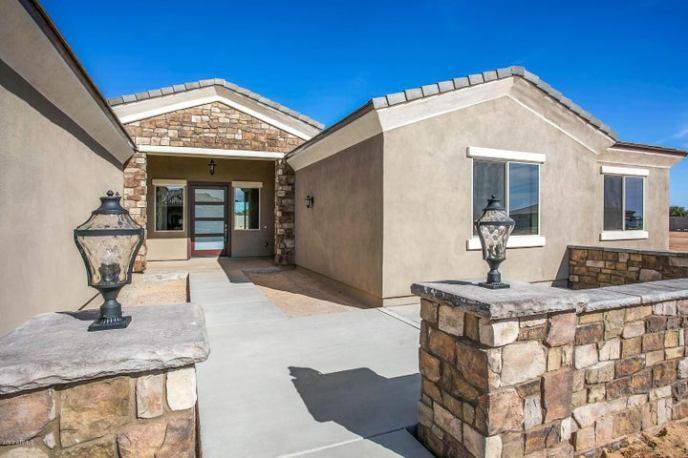 16030 W CAMDEN Avenue, Waddell, AZ 85355