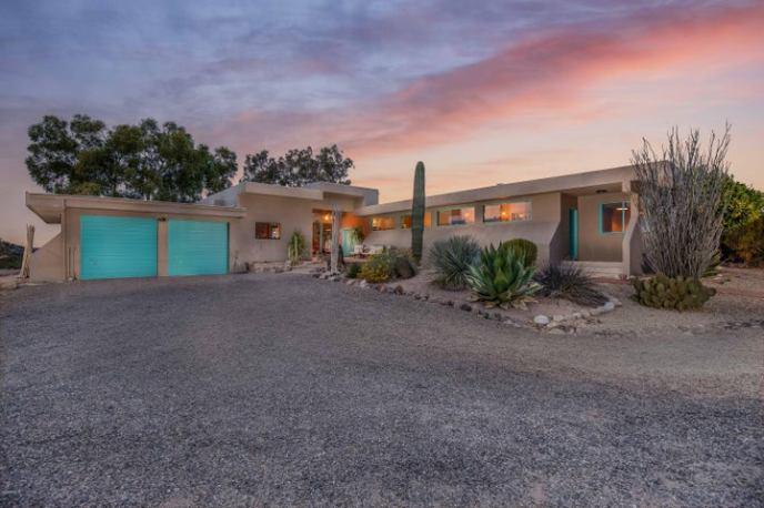 51709 N 292ND Avenue, Wickenburg, AZ 85390