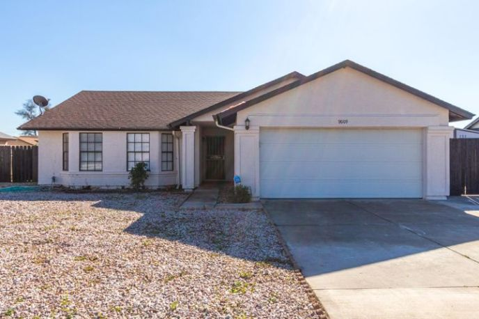 9009 W BUTLER Drive, Peoria, AZ 85345