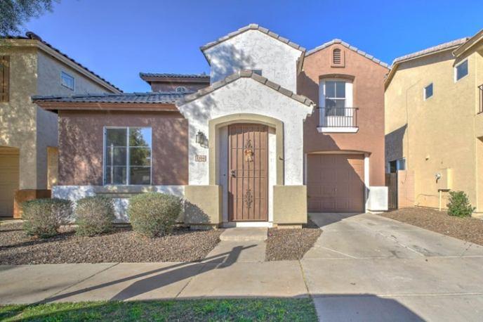 1504 E CHIPMAN Road, Phoenix, AZ 85040