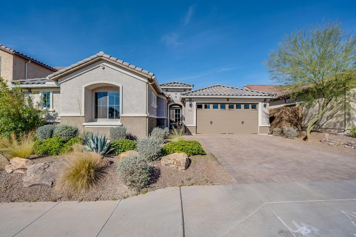 44528 N SONORAN ARROYO Lane, New River, AZ 85087
