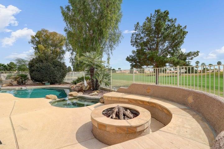 471 W CHERRYWOOD Drive, Sun Lakes, AZ 85248