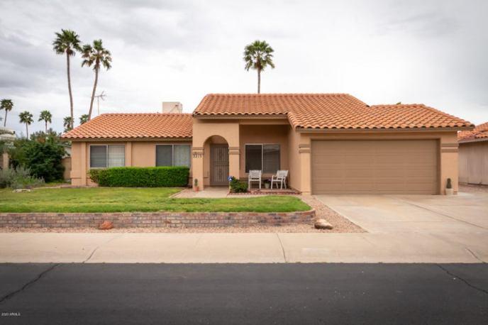 2215 W MANOR Street, Chandler, AZ 85224