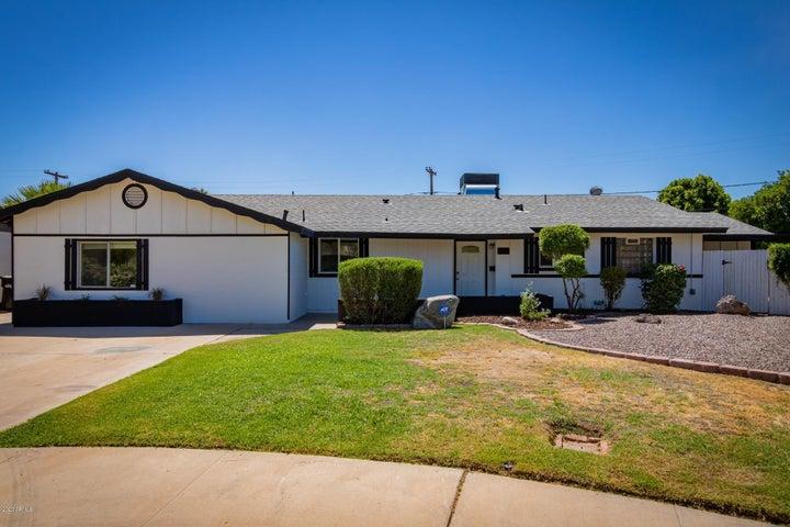 8211 E PINE Drive, Scottsdale, AZ 85257