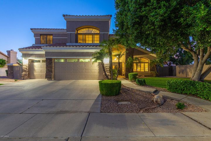 1302 N CRYSTAL SHORES Drive, Gilbert, AZ 85234