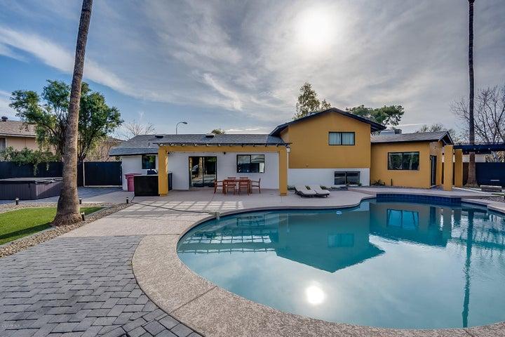 8608 E ANGUS Drive, Scottsdale, AZ 85251