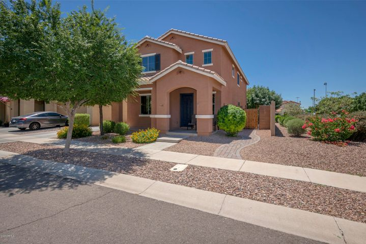 3449 E CARLA VISTA Drive, Gilbert, AZ 85295