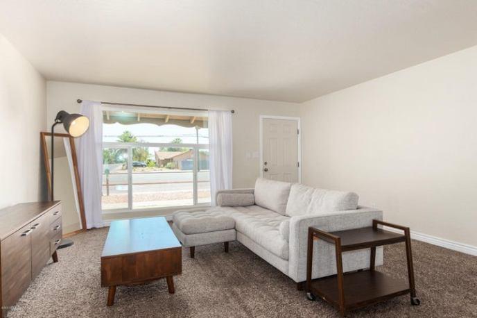 1738 W DUNLAP Avenue, Phoenix, AZ 85021
