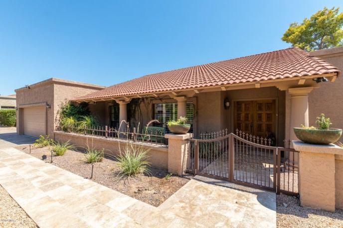 2401 E San Juan Avenue, Phoenix, AZ 85016