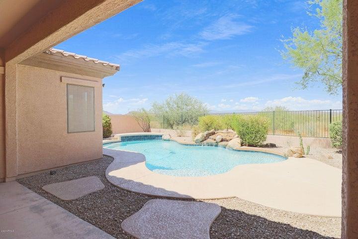 4636 W HEYERDAHL Court, New River, AZ 85087