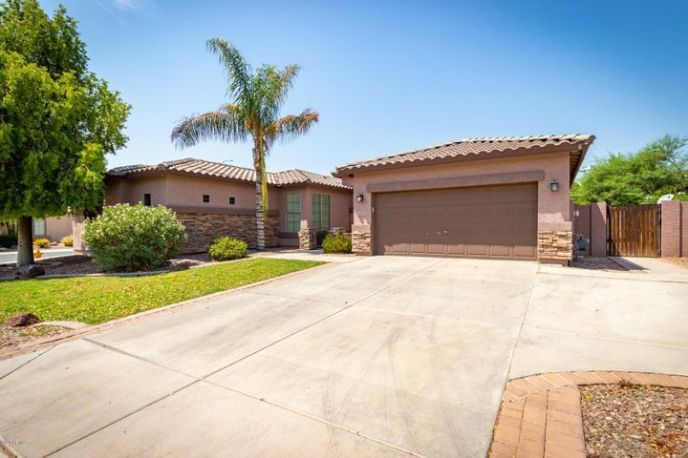 4572 S FOUR PEAKS Way, Chandler, AZ 85249