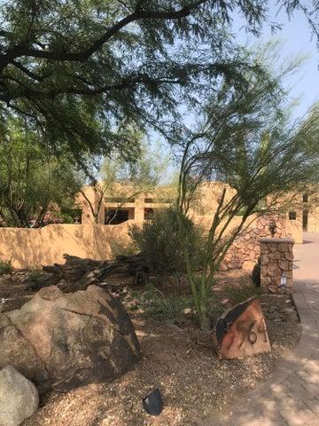 5564 E NEW RIVER Road, Cave Creek, AZ 85331