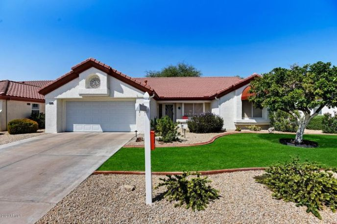 HOA maintains the yard for you, so it's virtually maintenance free.