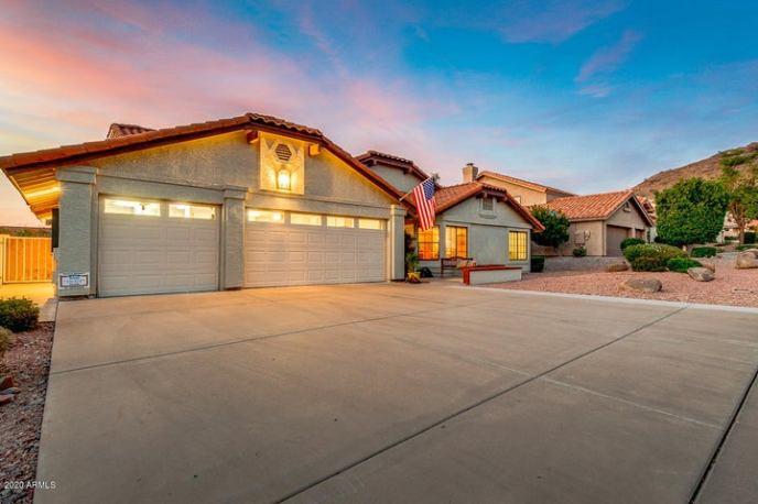 1044 E FOREST HILLS Drive, Phoenix, AZ 85022